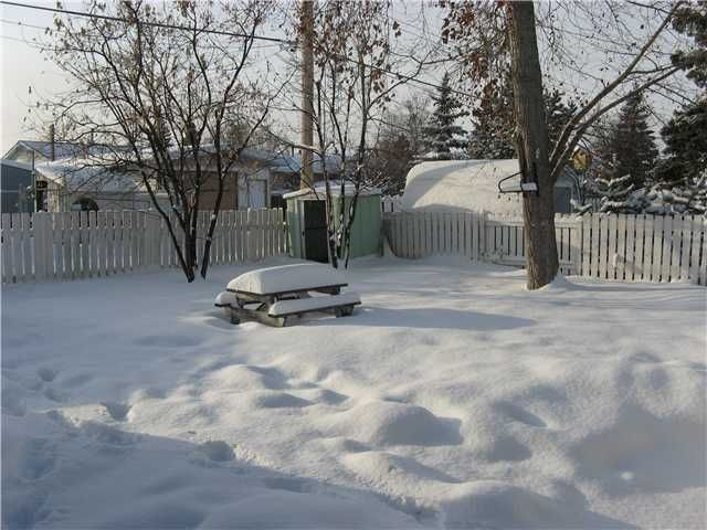 Photo 3: Photos: 10211 110TH Avenue in Fort St. John: Fort St. John - City NW House for sale (Fort St. John (Zone 60))  : MLS®# N223635