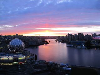 Photo 1: # 706 1128 QUEBEC ST in Vancouver: Mount Pleasant VE Condo for sale (Vancouver East)  : MLS®# V1044266