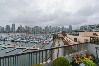 Photo 5: 247 658 LEG IN BOOT SQUARE in Vancouver: False Creek Condo for sale (Vancouver West)  : MLS®# R2118181