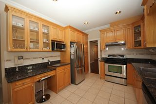 Photo 8: 4292 PARKER Street in Burnaby: Willingdon Heights 1/2 Duplex for sale (Burnaby North)  : MLS®# R2168960