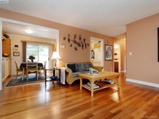 Photo 4: 10194 Third St in SIDNEY: Si Sidney North-East House for sale (Sidney)  : MLS®# 797387