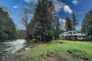 """Photo 3: 23914 FERN Crescent in Maple Ridge: Silver Valley House for sale in """"FERN CRESCENT RIVERFRONT ESTATES"""" : MLS®# R2542412"""