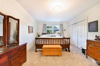 """Photo 16: 3825 W 19TH Avenue in Vancouver: Dunbar House for sale in """"Dunbar"""" (Vancouver West)  : MLS®# R2495475"""