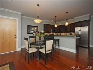 Photo 5: 209 755 Goldstream Ave in VICTORIA: La Langford Proper Condo for sale (Langford)  : MLS®# 590944