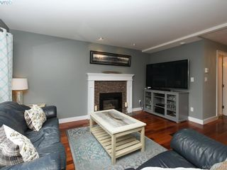 Photo 7: 1370 Charles Pl in VICTORIA: SE Cedar Hill House for sale (Saanich East)  : MLS®# 834275