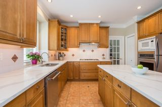Photo 13: 3749 CLINTON Street in Burnaby: Suncrest House for sale (Burnaby South)  : MLS®# R2445399