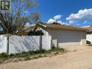 Photo 3: 44 Graham Road in Whitecourt: House for sale : MLS®# A1135853