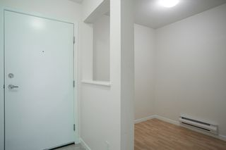 "Photo 5: 214 147 E 1ST Street in North Vancouver: Lower Lonsdale Condo for sale in ""CORONADO"" : MLS®# R2131365"