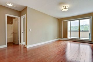 Photo 8: 216 45 Street NW in Montgomery Place: Apartment for sale : MLS®# C4018514