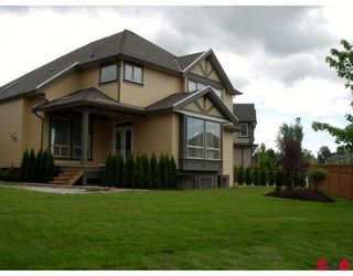 Photo 2: 8381 211B Street in Langley: Willoughby Heights House for sale : MLS®# F2818369