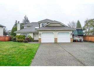 """Photo 2: 3378 198 Street in Langley: Brookswood Langley House for sale in """"Meadowbrook"""" : MLS®# R2555761"""
