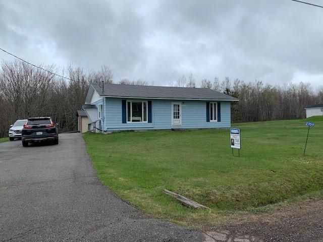 Main Photo: 2359 Athol Road in Springhill: 102S-South Of Hwy 104, Parrsboro and area Residential for sale (Northern Region)  : MLS®# 202111622