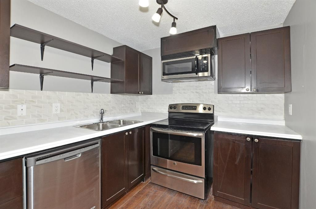 Main Photo: 306 280 Banister Drive: Okotoks Apartment for sale : MLS®# A1142558