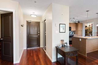 Photo 2: 202 555 Franklyn St in : Na Old City Condo for sale (Nanaimo)  : MLS®# 882105
