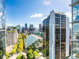 """Photo 5: 2605 1068 HORNBY Street in Vancouver: Downtown VW Condo for sale in """"THE CANADIAN AT WALL CENTRE"""" (Vancouver West)  : MLS®# R2585193"""