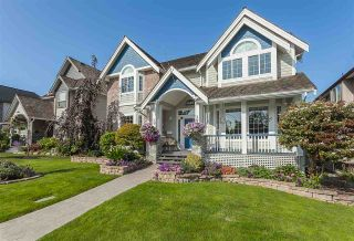 "Photo 2: 4635 217A Street in Langley: Murrayville House for sale in ""Murrayville - Murrays Corner"" : MLS®# R2398372"