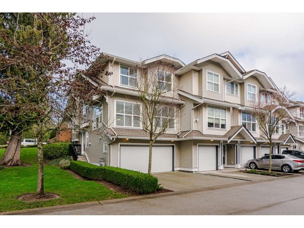 Main Photo: 100 20460 66 AVENUE in Langley: Willoughby Heights Townhouse for sale : MLS®# R2530326