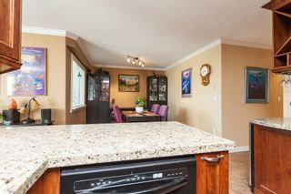 """Photo 18: 307 15941 MARINE Drive: White Rock Condo for sale in """"THE HERITAGE"""" (South Surrey White Rock)  : MLS®# R2408083"""