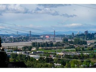 Photo 5: 1579 HAMMOND Avenue in Coquitlam: Central Coquitlam House for sale : MLS®# R2581772