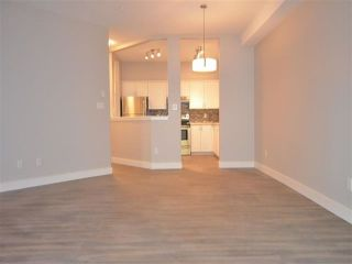 """Photo 8: 115 8139 121A Street in Surrey: Queen Mary Park Surrey Condo for sale in """"THE BIRCHES"""" : MLS®# R2478164"""