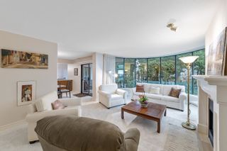 """Photo 6: 202 1250 MARTIN Street: White Rock Condo for sale in """"THE REGENCY"""" (South Surrey White Rock)  : MLS®# R2610384"""