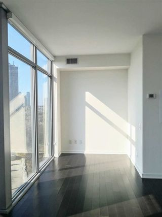 Photo 12: 502 105 The Queensway in Toronto: High Park-Swansea Condo for lease (Toronto W01)  : MLS®# W5180520