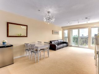 """Photo 3: 317 3082 DAYANEE SPRINGS Boulevard in Coquitlam: Westwood Plateau Condo for sale in """"The Lanterns"""" : MLS®# R2616558"""