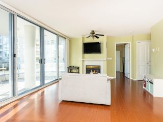 """Photo 6: 804 719 PRINCESS Street in New Westminster: Uptown NW Condo for sale in """"STIRLING PLACE"""" : MLS®# R2432360"""