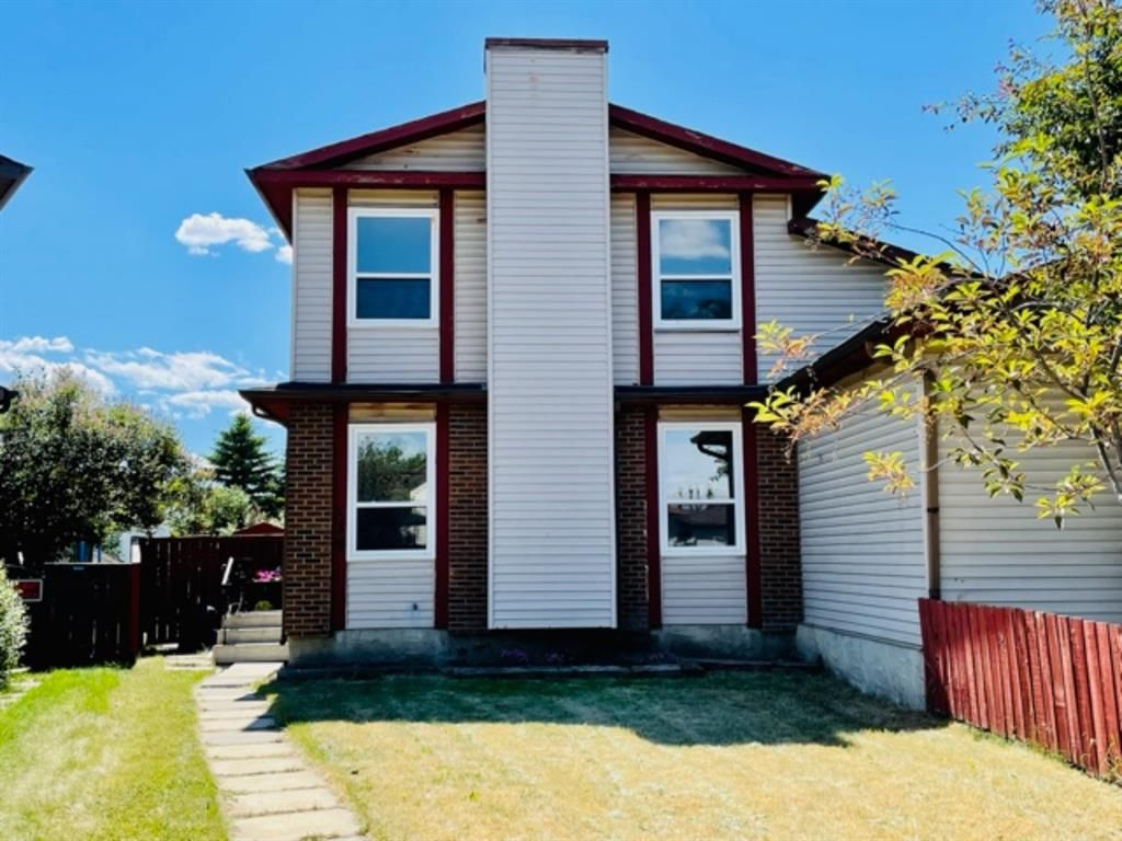 Main Photo: 238 Whitlock Place NE in Calgary: Whitehorn Semi Detached for sale : MLS®# A1123501