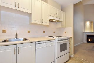"""Photo 8: 810 2799 YEW Street in Vancouver: Kitsilano Condo for sale in """"TAPESTRY AT ARBUTUS WALK"""" (Vancouver West)  : MLS®# R2534721"""