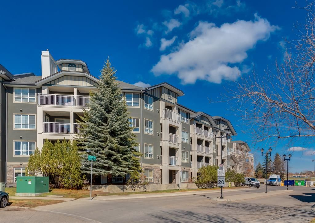Main Photo: 158 35 Richard Court SW in Calgary: Lincoln Park Apartment for sale : MLS®# A1096468