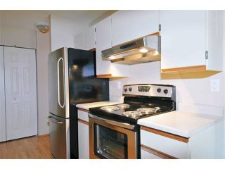 """Photo 11: 315 1195 PIPELINE Road in Coquitlam: New Horizons Condo for sale in """"Deerwood Court"""" : MLS®# R2147039"""