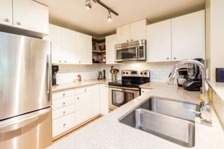 """Photo 11: 214 6833 VILLAGE GREEN Grove in Burnaby: Highgate Condo for sale in """"Carmel"""" (Burnaby South)  : MLS®# R2302531"""