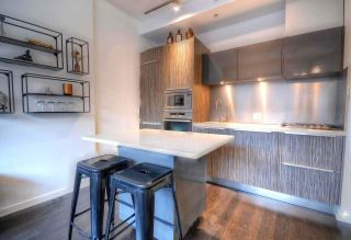 """Photo 5: 304 123 W 1ST Avenue in Vancouver: False Creek Condo for sale in """"COMPASS"""" (Vancouver West)  : MLS®# R2554885"""