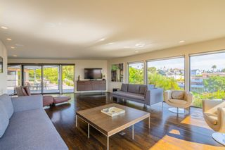 Photo 5: MISSION HILLS House for sale : 3 bedrooms : 2021 Rodelane St in San Diego
