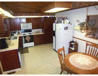 Photo 4: 12033 261ST Street in Maple_Ridge: Websters Corners House for sale (Maple Ridge)  : MLS®# V705113
