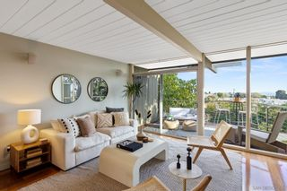 Photo 2: PACIFIC BEACH House for sale : 2 bedrooms : 1264 Agate St in San Diego