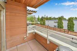 Photo 3: 207 7161 West Saanich Rd in BRENTWOOD BAY: CS Brentwood Bay Condo for sale (Central Saanich)  : MLS®# 839136