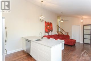 Photo 9: 102 STARWOOD ROAD UNIT#A in Ottawa: House for rent