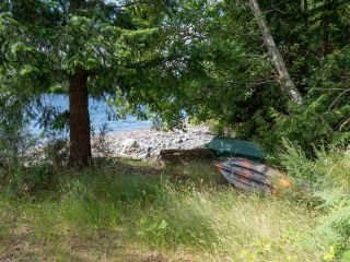 """Photo 21: 7 12248 SUNSHINE COAST Highway in Madeira Park: Pender Harbour Egmont Manufactured Home for sale in """"SEVEN ISLES"""" (Sunshine Coast)  : MLS®# R2604086"""