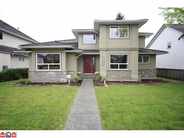 Main Photo: 18578 64 Avenue in Cloverdale: Cloverdale BC House for sale : MLS®# F1209914