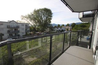 """Photo 3: 302 2212 OXFORD Street in Vancouver: Hastings Condo for sale in """"City View Place"""" (Vancouver East)  : MLS®# R2370060"""