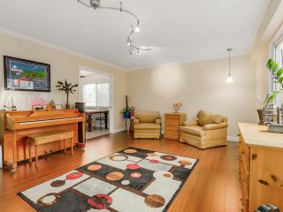Photo 9: 10320 WHISTLER PL in Richmond: Woodwards House for sale : MLS®# V1110438