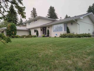 Main Photo: 11 WESTBROOK Drive in Edmonton: Zone 16 House for sale : MLS®# E4257582