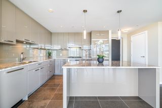 """Photo 7: 2703 6188 WILSON Avenue in Burnaby: Metrotown Condo for sale in """"JEWEL"""" (Burnaby South)  : MLS®# R2618857"""