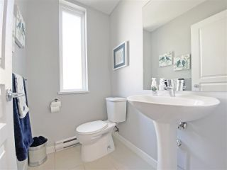 """Photo 12: 59 1305 SOBALL Street in Coquitlam: Burke Mountain Townhouse for sale in """"Tyneridge"""" : MLS®# R2447505"""