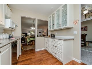 """Photo 7: 202 2963 NELSON Place in Abbotsford: Central Abbotsford Condo for sale in """"Bramblewoods"""" : MLS®# R2071710"""
