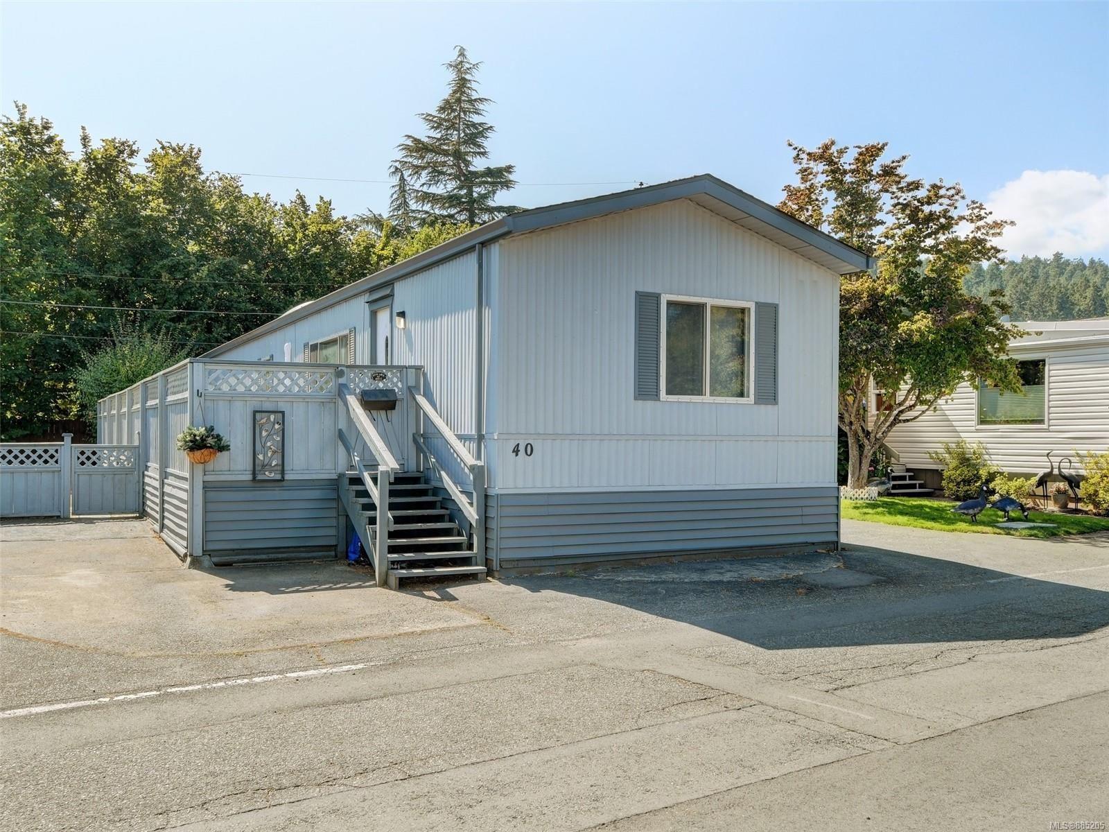 Main Photo: 40 2911 Sooke Lake Rd in : La Goldstream Manufactured Home for sale (Langford)  : MLS®# 885205