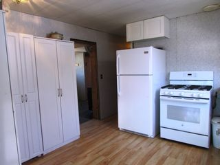 Photo 3: 3941 247 Road in Kiskatinaw: BCNREB Out of Area Manufactured Home for sale (Fort St. John (Zone 60))  : MLS®# R2327027
