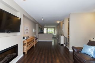 """Photo 7: 4 6956 193 Street in Surrey: Clayton Townhouse for sale in """"The Edge"""" (Cloverdale)  : MLS®# R2194953"""